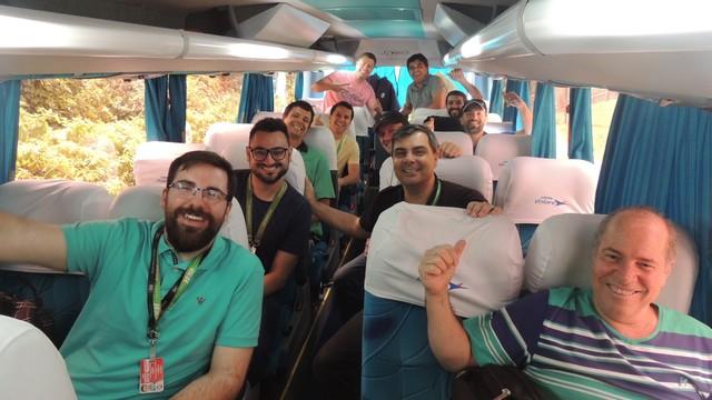 Repórteres Diego Madruga e Marcelo Siqueira vão tarzer informações do Avaí para o GE.com/SC e RBS TV (Foto: Valéria Martins/RBS TV SC)