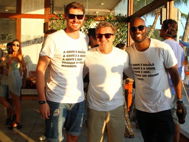 Bruninho, Luciano Huck e Rafael Zulu em festa na Zona Oeste do Rio (Foto: Anderson Borde/ Ag. News)