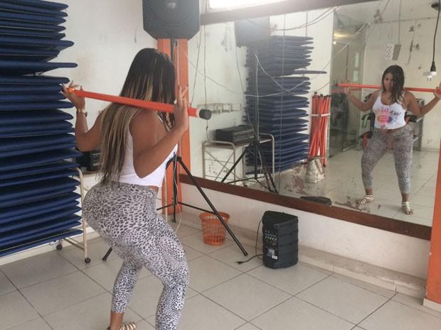 Thamires Bastos é integrante do grupo que Mary Morena Dançava (Foto: Lívia Torres / G1)
