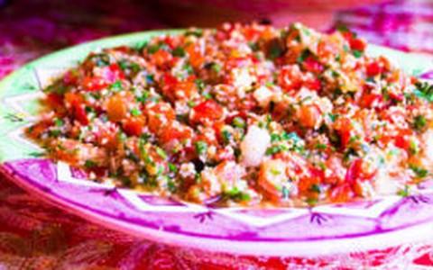 Tabule: salada libanesa