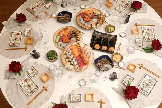 Uma noite japonesa para o fim de semana casa vogue for Mesa japonesa tradicional