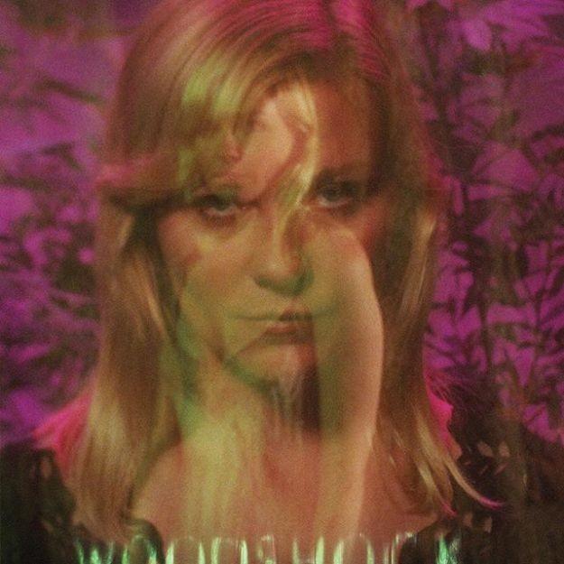 Woodshock: uma prévia de Kirsten Dunst no filme dirigido pelas fundadoras da Rodarte (Foto: Divulgação)