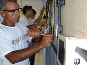 Curso de eletricista no Pronatec. (Foto: Divulgação/ Sedu-ES)