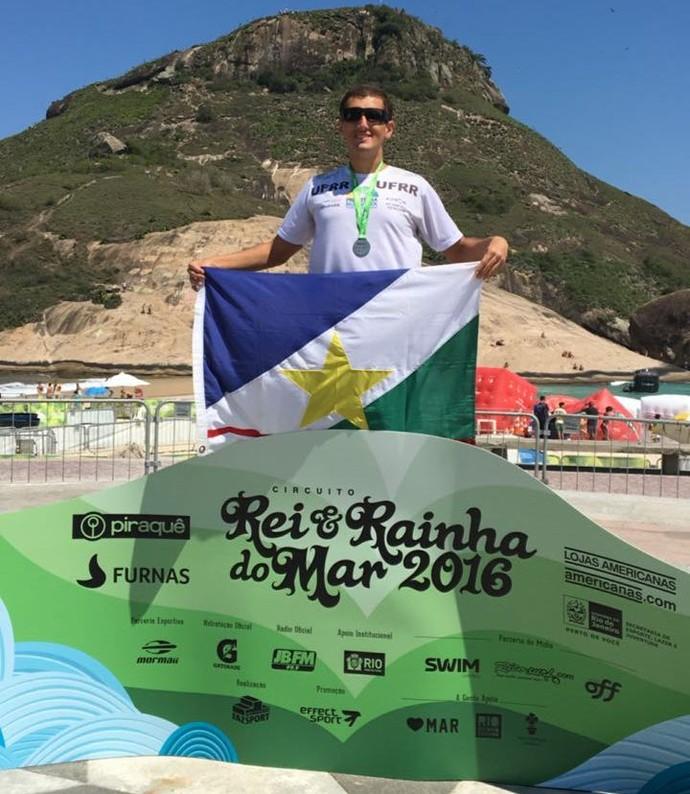 Monteiro chega em quarto lugar na praia do Recreio (Foto: divulgação)