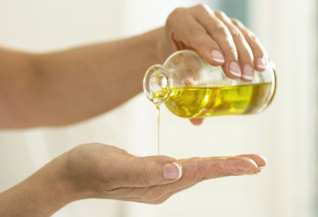 Enumeramos 9 razões para você introduzir o óleo de marula em sua rotina de beleza