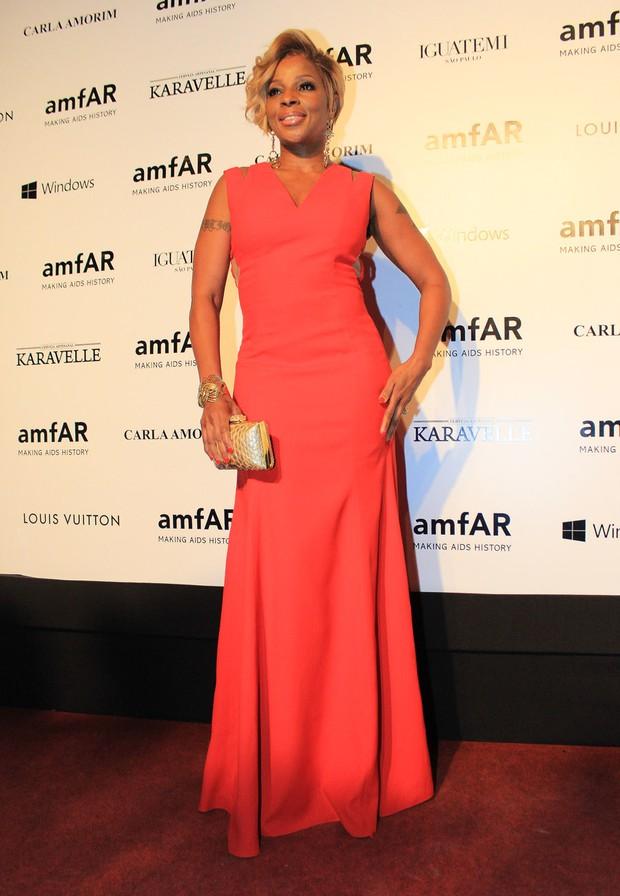 Mary J. Blige no baile de gala da amfAR (Foto: Celso Tavares / EGO)
