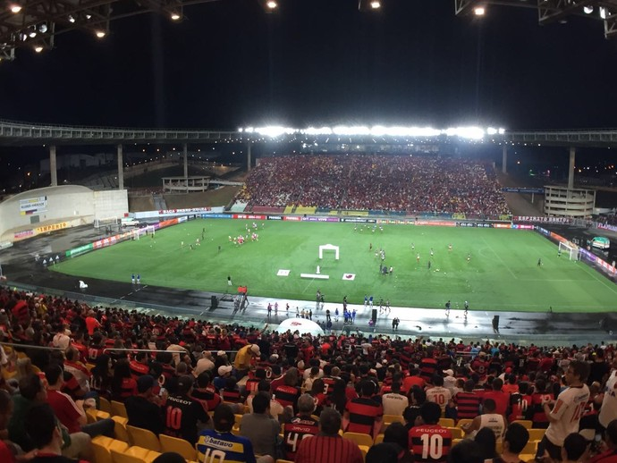 Flamengo Internacional Kleber Andrade (Foto: Gustavo Rotstein)
