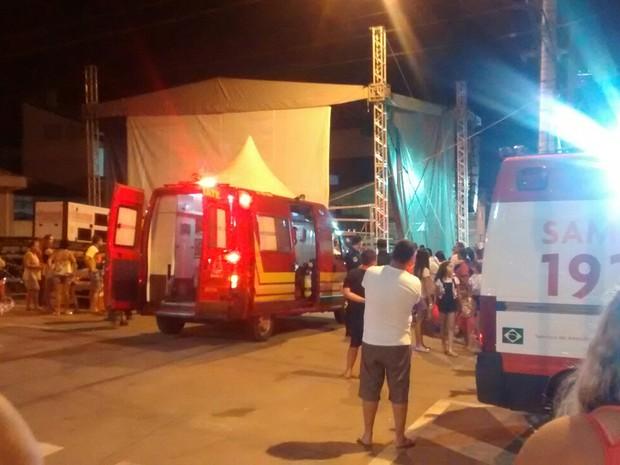Acidente no carnaval de Eugênio de Melo (Foto: Eduardo Henrique da Silva/ Vanguarda Repórter)