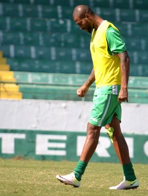 Ferreira zagueiro Guarani (Foto: Murilo Borges)