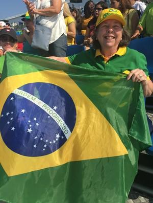 Dona Sandra Rodrigues se disse orgulhosa de Isaquias (Foto: Gabriel Fricke)