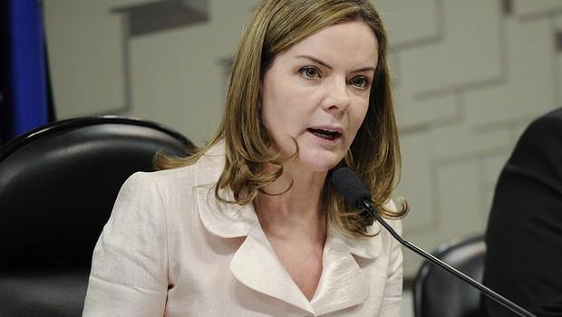 Gleisi Hoffmann na Comissão de Assuntos Econômicos (Foto: Edilson Rodrigues/Agência Senado)