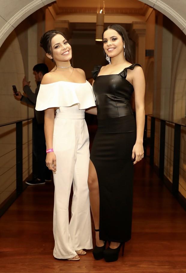 As gêmeas ex-BBBs Emilly e Mayla Araújo (Foto: Manuela Scarpa/Brazil News)