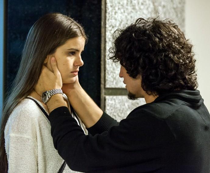 Guilherme está disposto a reconquistar o amor de Angel (Foto: Artur Meninea)