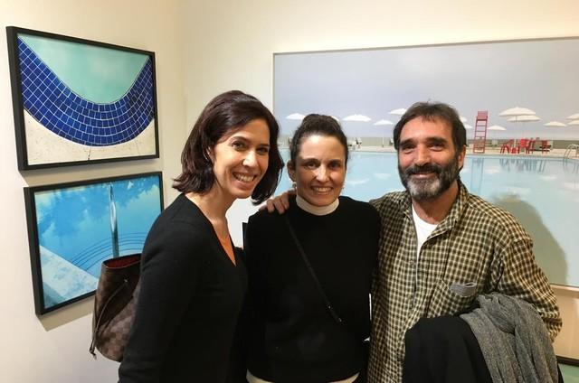 Maria Clara Gueiros e Edgard Duvivier na exposição de Maritza Caneca (Foto: Arquivo pessoal)