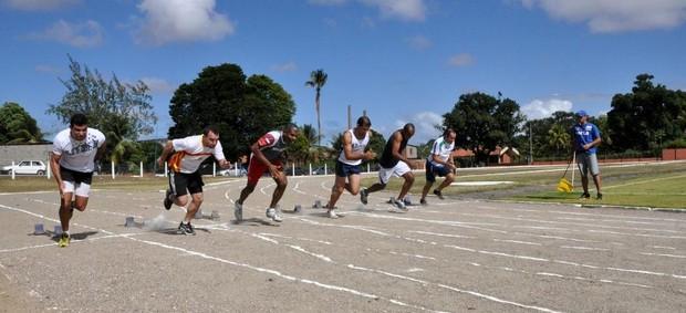 Delegação masculina de atletismo do Pernambuco nos Jogos Industriários do Sesi (Foto: Divulgação / Sesi)