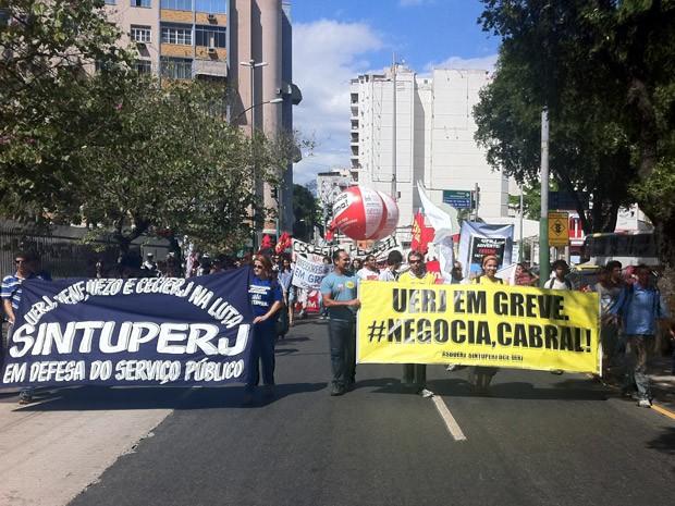 Protesto na Uerj (Foto: Matheus Giffoni/G1)
