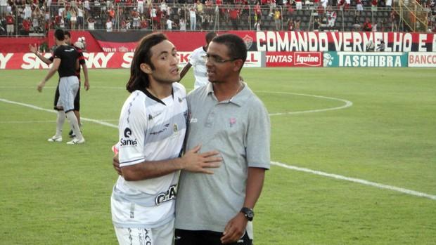 Apodi, do Ceará, no Barradão após empate com o Vitória (Foto: Raphael Carneiro/Globoesporte.com)