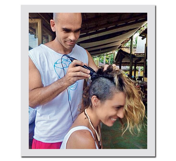 "Joana na nova fase: ""Me sentia de peruca"" (Foto: Arquivo Pessoal)"