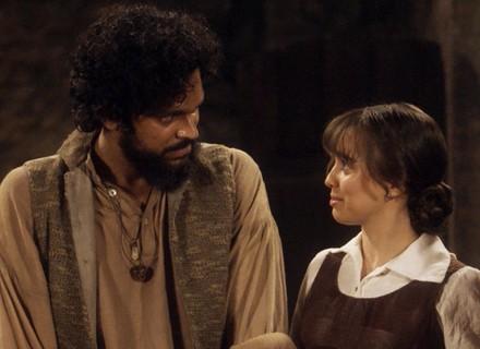 Matias revela a Cecília que é seu irmão