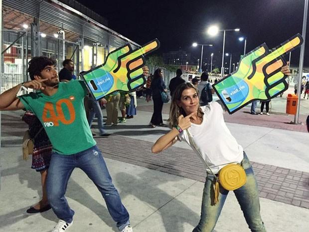Hugo Moura e Deborah Secco no Estádio do Engenhão, na Zona Norte do Rio (Foto: Instagram/ Reprodução)