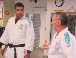 Luciano Correa judô treinando no Minas (Foto: Lydia Gismondi)