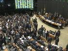 Senadores e deputados mantêm maioria dos vetos de Dilma Rousseff