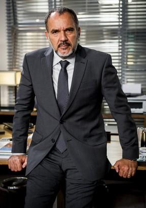 Humberto Martins como Germano na novela Totalmente Demais (Foto: Globo/João Miguel Júnior)
