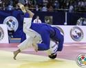 Medalhista olímpico, Kitadai cai em Almaty e fica mais longe do Rio 2016