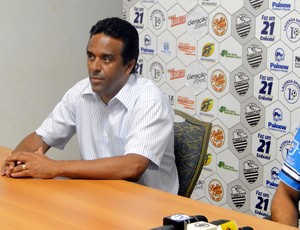 José Eduardo Ferreira, novo gerente da Lacerda Sports - gestora do Comercial (Foto: João Fagiolo / Globoesporte.com)