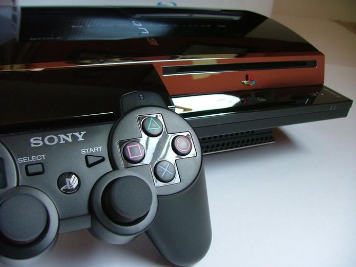 Dualshock 3 seguiu a linha do PS2 (Foto: Divulgação)