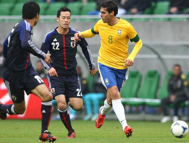 kaká brasil japão  (Foto: Mowa Press)