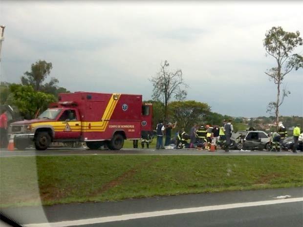 Acidente em anel viário entre Campinas e Valinhos deixou pelo menos 13 feridos (Foto: Virgginia Laborão / G1 Campinas)