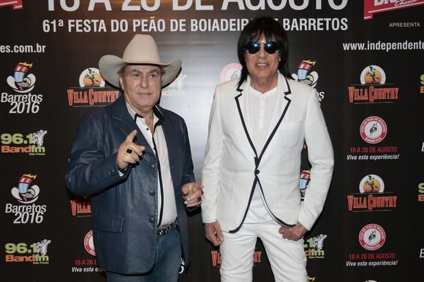 Milionário e Marciano em show em São Paulo (Foto: Rafael Cusato/ Brazil News)