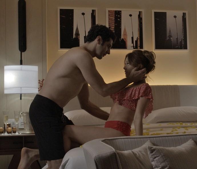 Beto e tancinha curtem clima romântico (Foto: TV Globo)