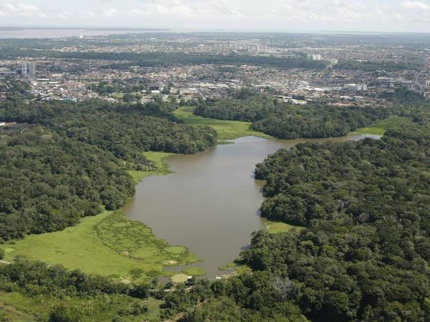 Parque ambiental tem trilhas ecológicas e mananciais (Foto: Oswaldo Forte / O Liberal)