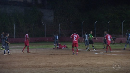 Cachoeirinha e Pitangui se enfrentam no 'Torneio Corujão'