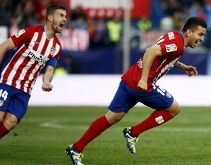 Correa comemora gol do Atlético de Madrid (Foto: REUTERS/Juan Medina)