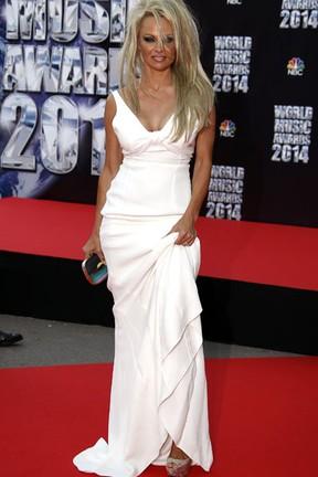 Pamela Anderson em premiação em Monte Carlo (Foto: Eric Gaillard/ Reuters)