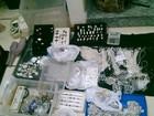 Polícia recupera 80 Kg de joias de prata roubadas em Saquarema, RJ