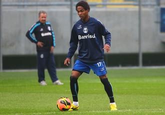Wendell ainda não estreou pelo Grêmio (Foto: Lucas Uebel/Grêmio FBPA)