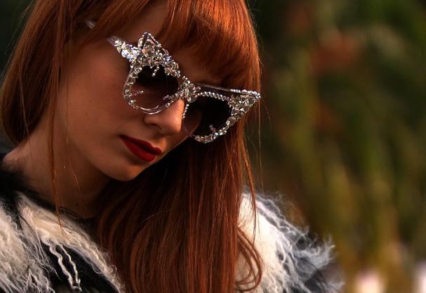 Maria Eugênia Suconic e os seus óculos power com brilho Swarovski (Foto: ... - maria-eugenia-suconic-oculo_1