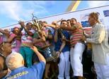 Mangueira comemora título de campeã no Carnaval do Rio