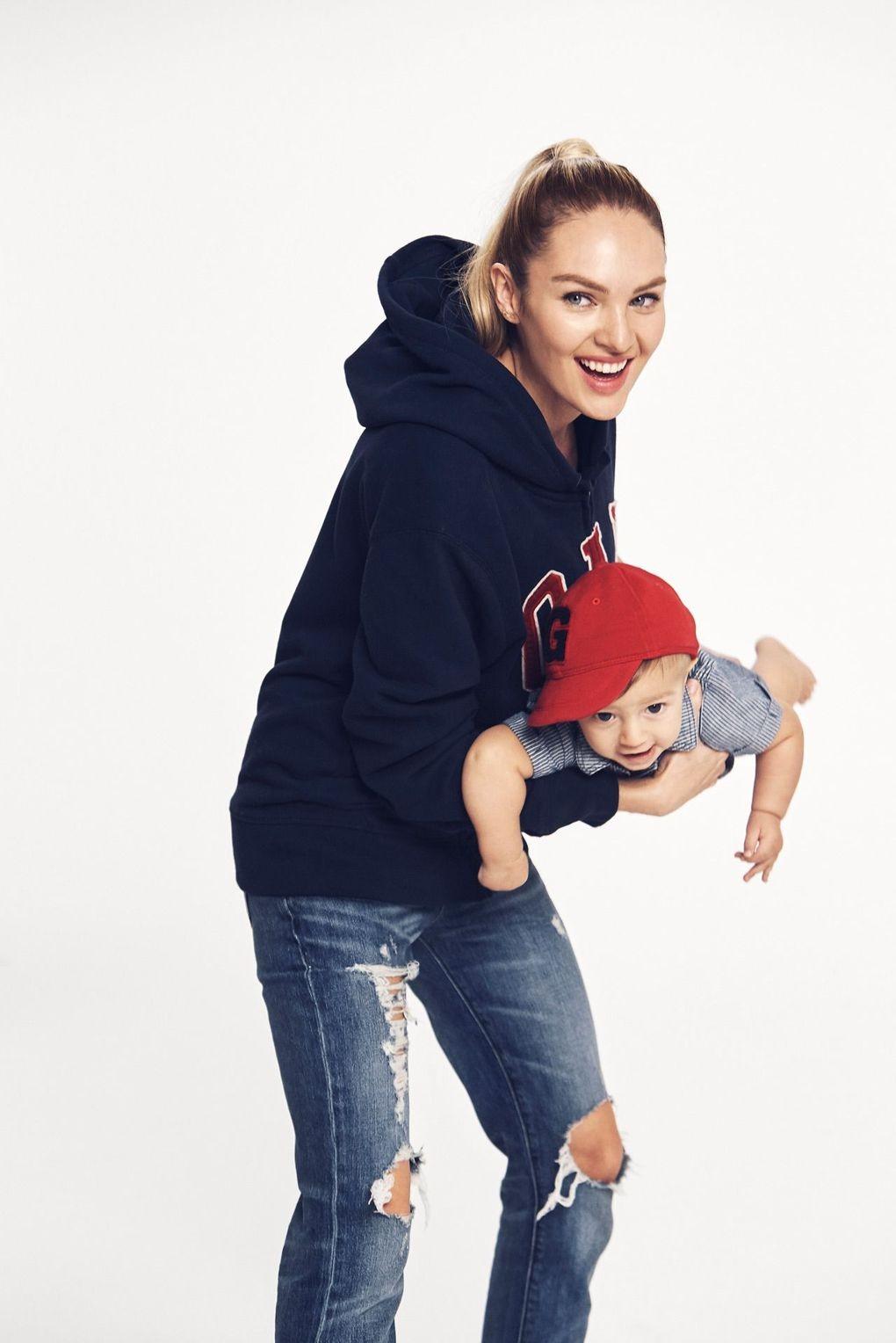 Candice Swanepoel fala sobre maternidade – e estrela ensaio com o pequeno Anacan (Foto: Divulgação)