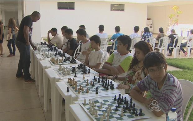 Amapaense representará o estado em campeonato de xadrez. (Foto: Reprodução/TV Amapá)