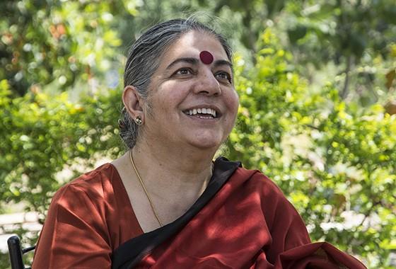 A física e ambientalista Vandana Shiva criou a fazenda Navdanya no estado indiano Uttakarand há 30 anos  (Foto: © Haroldo Castro/ÉPOCA)