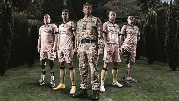 Millwall uniforme