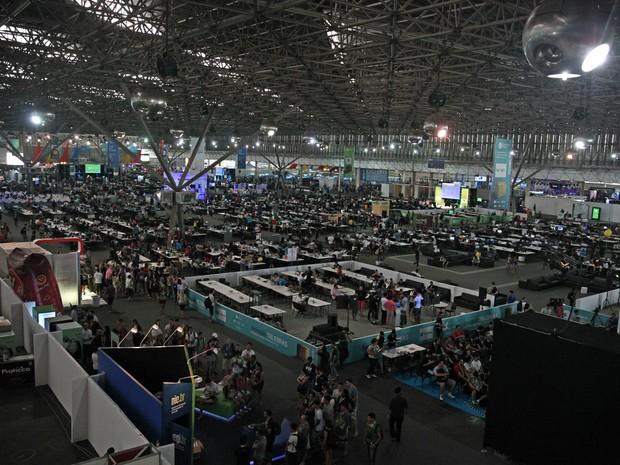 27/01 – Área interna do Pavilhão de Exposições Anhembi, onde acontece a nova edição brasileira do evento de tecnologia e cultura nerd e pop (Foto: Fabio Tito/G1)