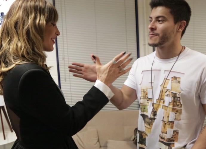 A parceria entre Claudia Leitte e Arthur Aguiar é firme (Foto: Gshow)