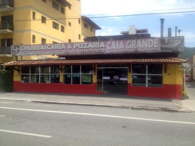 Homicídio aconteceu em restaurante em Guarujá, SP (Foto: Alan Ferreira/TV Tribuna)