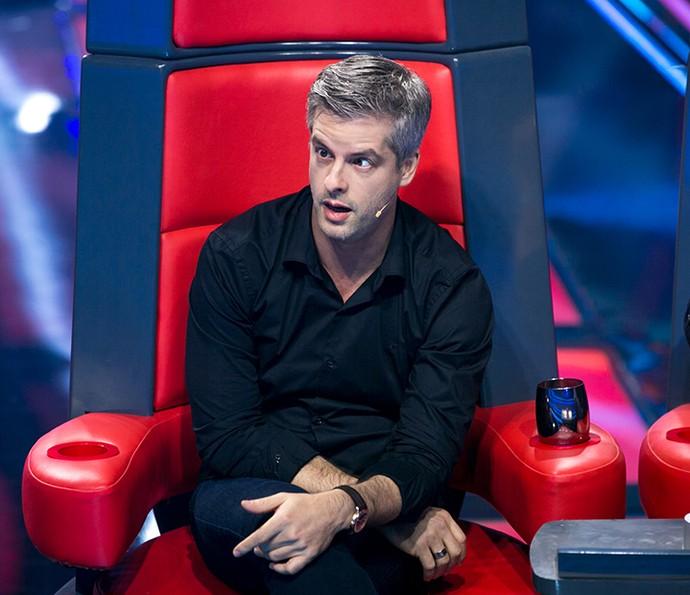 O cantor fica de cara com apresentações (Foto: Isabella Pinheiro / Gshow)